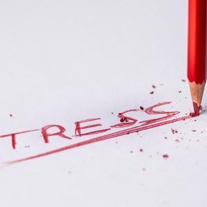 【見逃し厳禁!】仕事・職場のストレスが限界な時の5つのサインと対処法