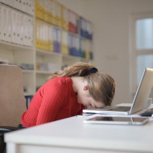 転職して3ヶ月で辞めたい…中途入社ですぐに退職してもいい?3つの対処法を解説!