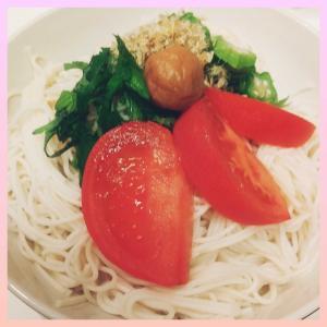薬膳グルメ🍴そうめんに野菜をのせるだけ😋