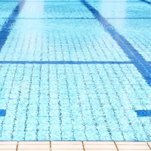 スイミングはいつ辞めたらいいの?4泳法習得にかかった年数と費用