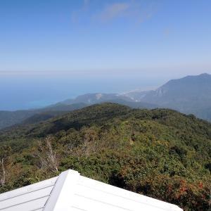 栂海新道を歩く 秋の始まりを感じる白鳥山に登ってきた