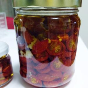 【レシピ】ドライトマトのオイル漬け【使い方】
