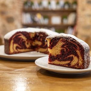 デーデーブルーノは何人?経歴やwikiプロフは?趣味はケーキ作り!