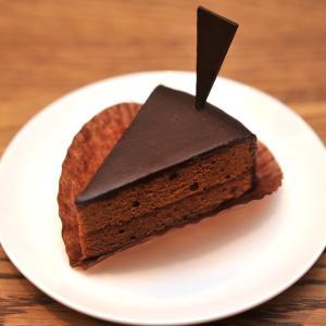 豊岡のケーキ屋「シュヴァルツヴァルト Schwarz Wald」のケーキをクッキーをいただきました!