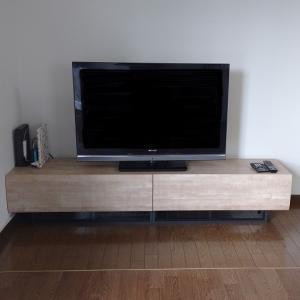 閑話休題:奥さん念願のテレビボード