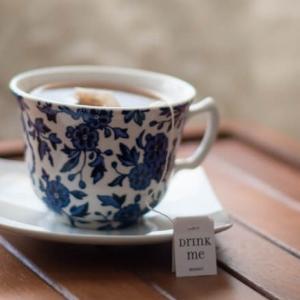 喫茶去 Let's have some tea. お茶にしましょう