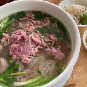 おすすめカンボジア料理②クイティウ|スープが美味しい米麺の注文の仕方をご紹介!