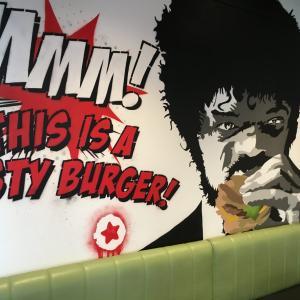 Burger Boyのレビューとメニュー紹介/バイアダクトのハンバーガーショップ