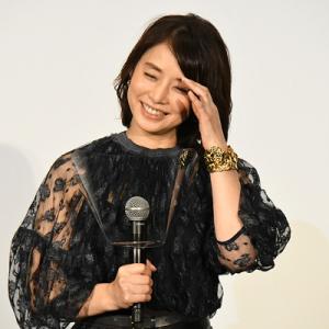 【石田ゆり子に学ぶ】彼女が独身なのに輝いている理由と私たちが学ぶべきこと