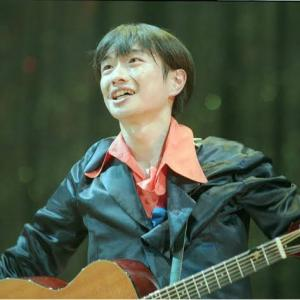 小沢健二53歳、23歳差のゲス不倫報!!サブカル中年のネッチョリ感がキモいとネットで袋叩きwwww