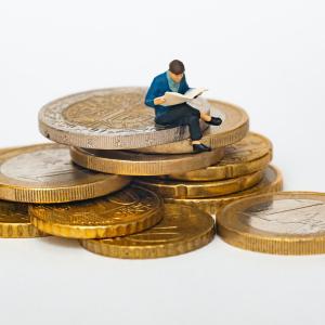 """お金を使うたびに""""漠然と押し寄せるお金が減る不安""""について考えてみた"""