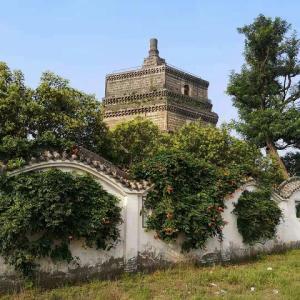 今朝、開封市最古の建造物『繁塔』を眺めてきました