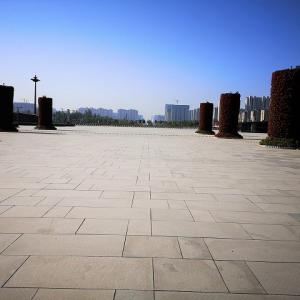宋城路駅と開封北駅、開封市の駅を2つ見学してきました