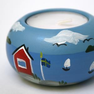 爽やかな温もり、スウェーデンの夏を感じる木製キャンドルホルダー