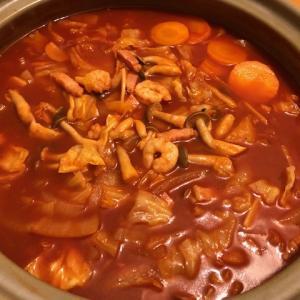 温まるよ♡トマト鍋