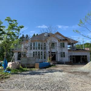 風越学園通学にも便利な南軽井沢の高級建売別荘のご紹介です!