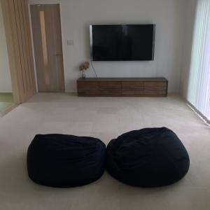 リビングにソファー、テーブル置きません!