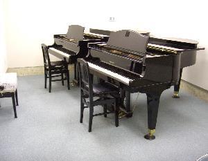 ピアノ男子がたくさん!