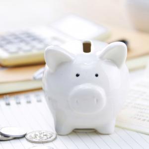 8月の支出と、1年間の貯金額。お金との付き合い方を考える。