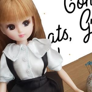 りかちゃが卒業式っぽい衣裳を着てる
