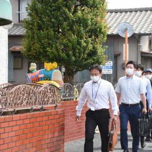 送迎バス閉じ込め 5歳男児熱中症死亡で保育園を家宅捜索