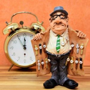 アナログ時計の魅力とは?