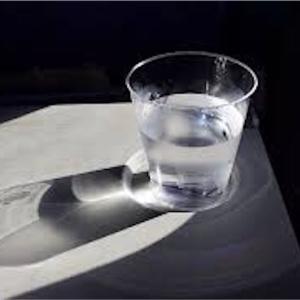 【水だけ生活は危険!?】水ダイエットで気をつけるべきポイントとは?
