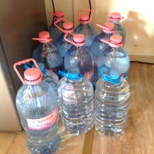 貯水場のトラブルとペットボトル水の備蓄