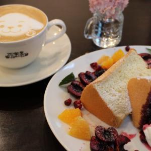 パンの力強さとカフェの繊細さの融合 Ziegel+花楽里