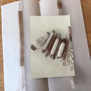 ロバの本屋「綿の糸と白いもの」