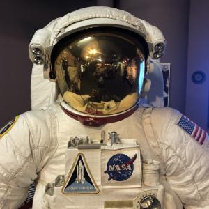 【さいたま市青少年宇宙科学館】で子供たちとポケモンのプラネタリウム見てきました。