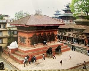 介護からの逃亡 ネパールへ