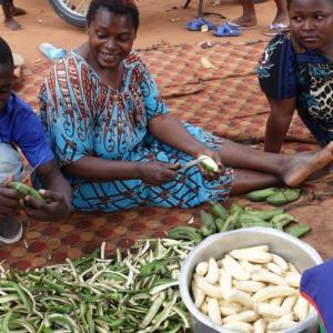 【ウガンダ料理】バナナが主食?フルーツが豊富なウガンダの食文化!