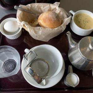 カフェテラス ヴェルトで石窯パンのモーニングセット