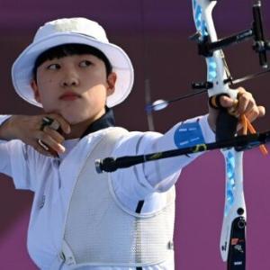 安山選手の短髪は脱コルのフェミニストでメガリア?韓国でショートカットは誹謗中傷対象?