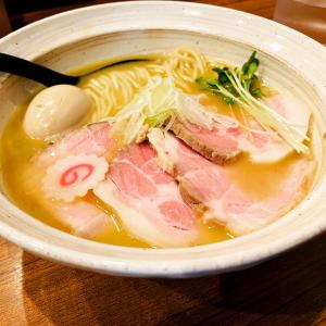 奈良県トップレベルの人気ラーメン店!奈良市に来たら是非行ってほしいいつも行列ができる濃厚な鶏白湯ラーメンがオススメのNOROMA①