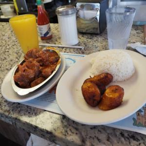 【徹底解説】マイアミのサウス・ビーチにあるおススメのレストラン4選