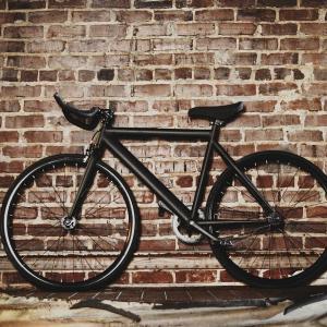 ピストバイクとは?シングルスピード固定ギア自転車の3つの特徴【街乗りに最適】