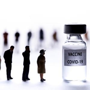 バカンスとワクチン接種