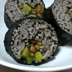沢庵納豆の蕎麦巻き