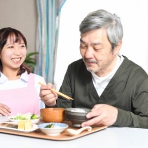 【最新版】高齢者の宅配弁当!1人暮らしと介護する家族の手助け!