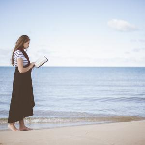 [ 名言:関西弁翻訳 ] You are like the ocean by Ellen Hopkins