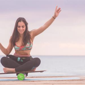 [ 名言:関西弁翻訳 ] Yoga Girl 〜 Balance is key ①〜