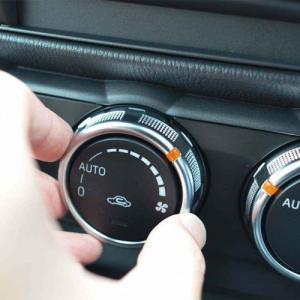 車の外気導入と内気循環の違いとは?それぞれの特徴と上手な切り替え方