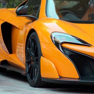 エンジン⇒電気自動車(EV)で既存のスーパーカーは生き残れるのか