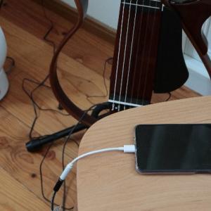 サイレントギターとスマホをつなぐ