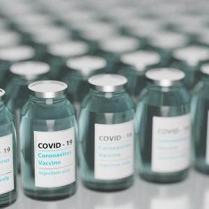 モデルナワクチン接種の副反応