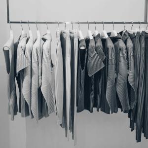 【おしゃれになりたい人必見】洋服選びの学び方
