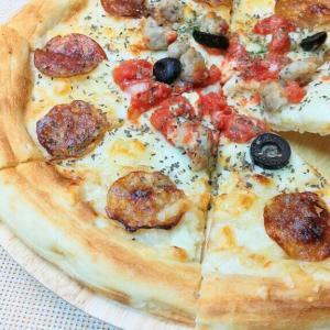 ローソンで見つけた成城石井冷凍ピザが美味い!