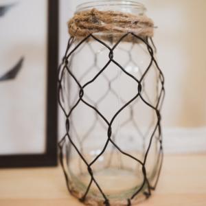 【百均DIY】ダイソーボトルをリメイク。花瓶(フラワーベース)にする方法。ガラス瓶アレンジ